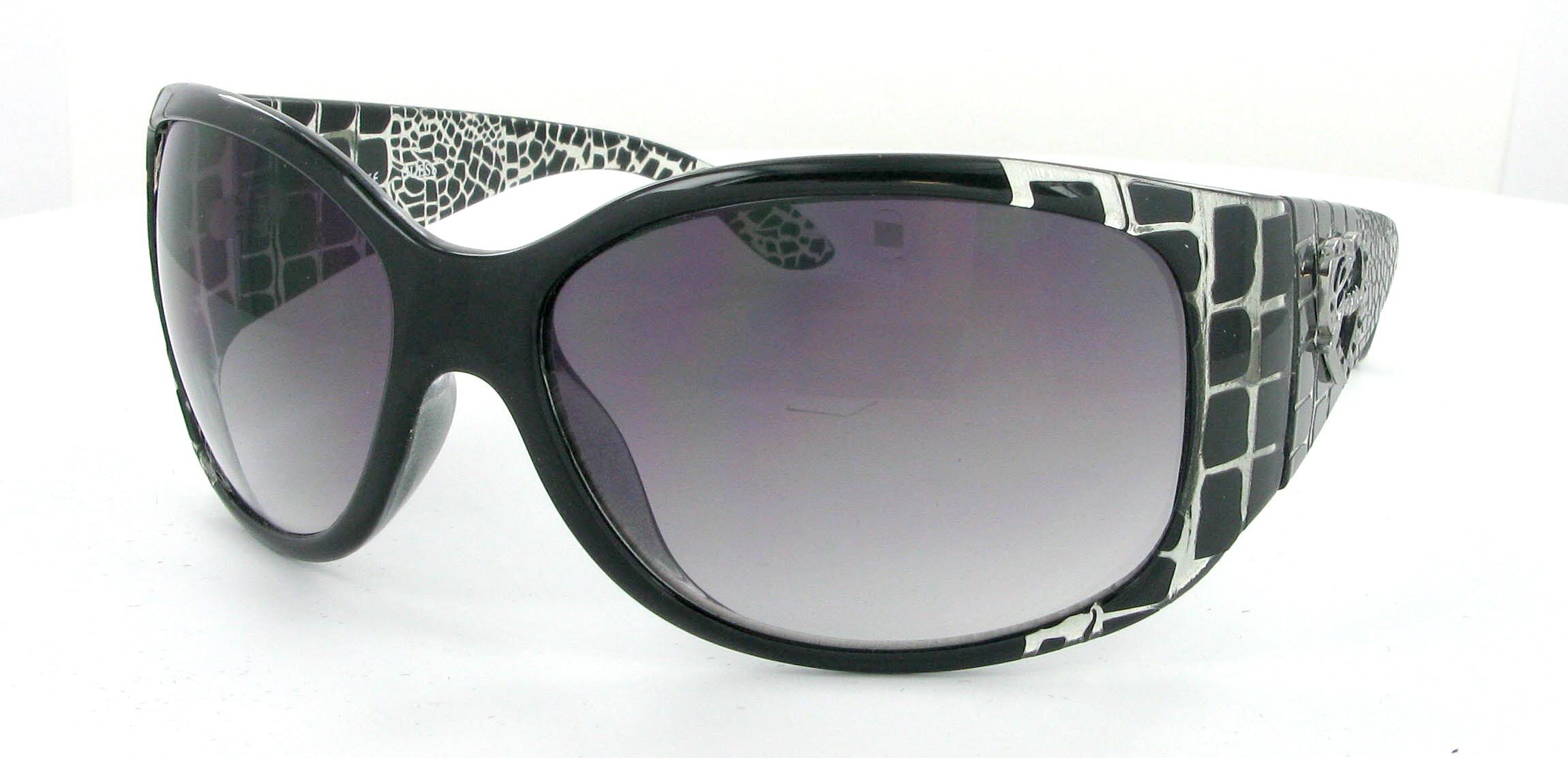 8ade52d4244fc2 Lunette Solaire Prada Femme 2012   slevi1.mit.edu lunettes guess ...